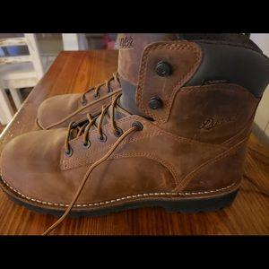 Danner work boots brand new